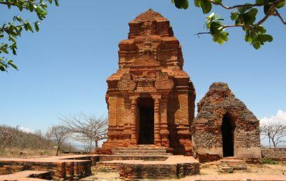 Tháp Poshanư, câu chuyện tình yêu của nàng công chúa