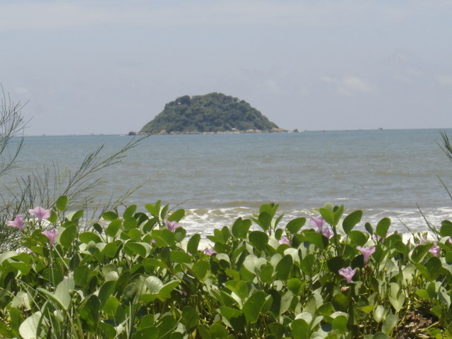 Vẻ đẹp Hòn Bà Lagi – Bình Thuận